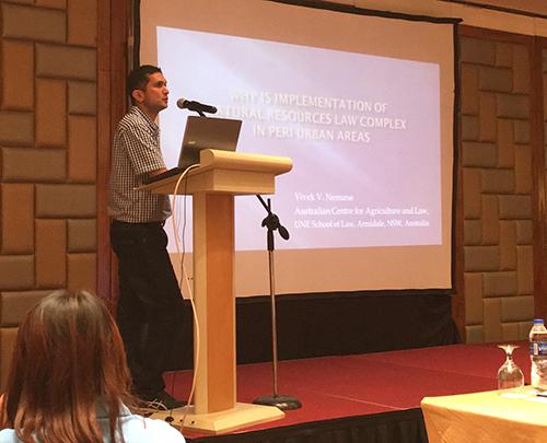 Vivek Nemane presenting his paper at the IUCN Conference