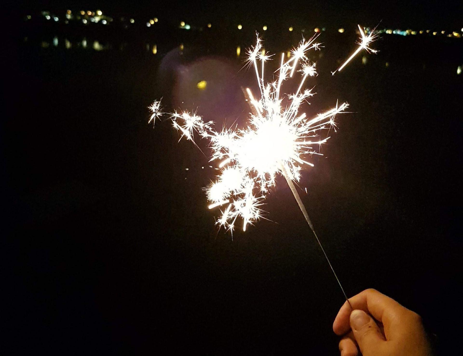 sparkle firework