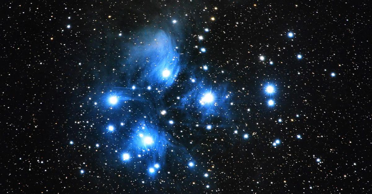 Photo of Matariki star cluster by Arnaud Mariat