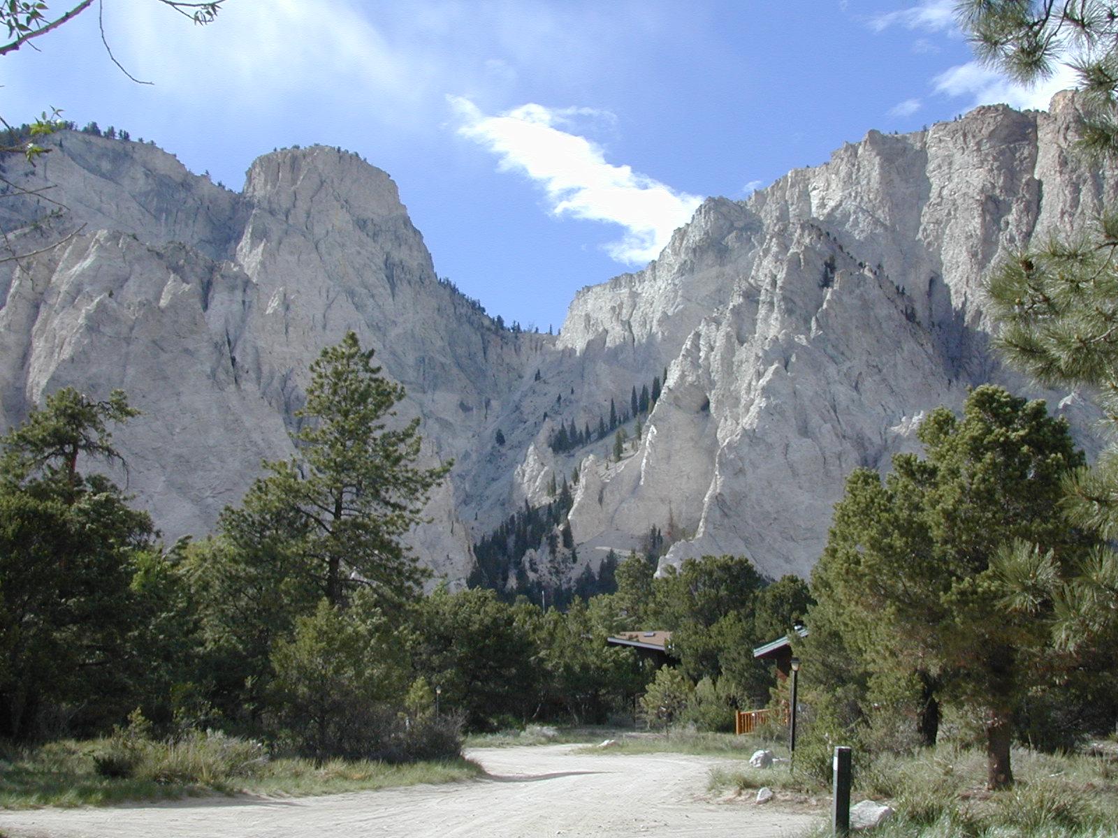 http://landslides.usgs.gov/monitoring/chalk_cliffs/images/ProjectInformation.jpg
