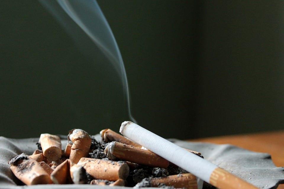 Debate: Should New Zealand be smokefree?