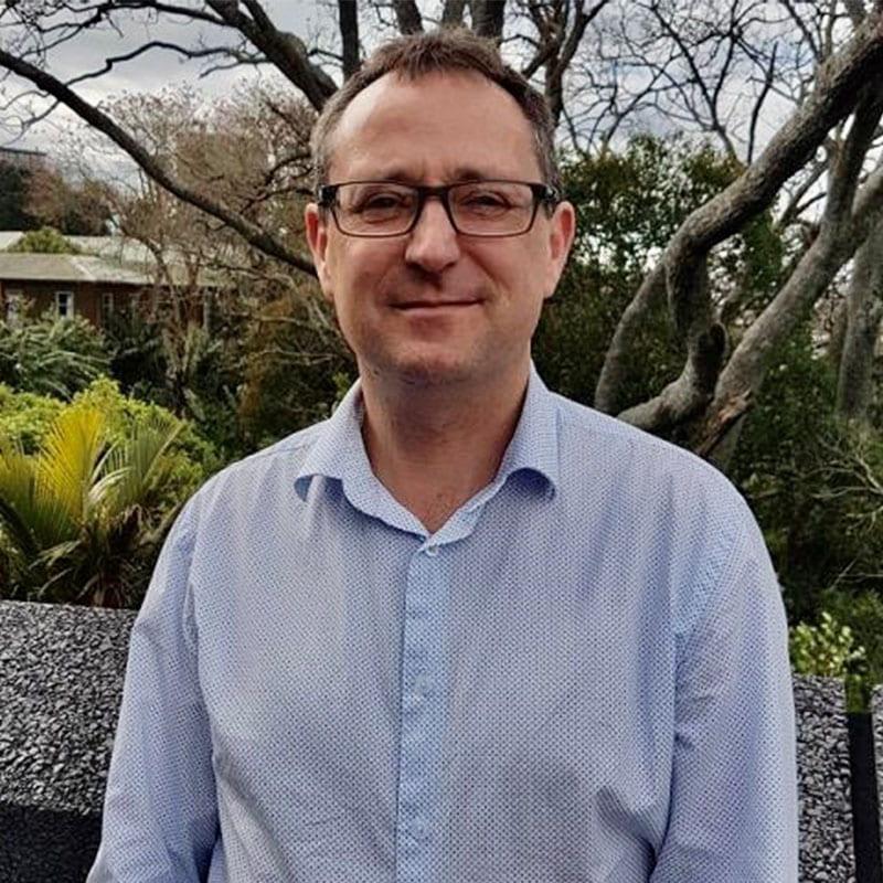 Associate Professor Barry Milne