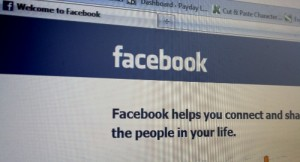 Facebook - Helps you connect and share with people in your life? (MoneyBlogNewz (cc))