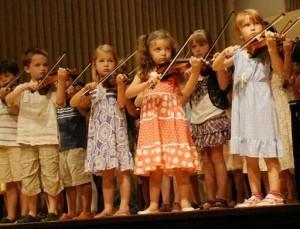 Children_Playing_Violin_Suzuki_Institute_2011