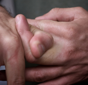 is it okay to crack your knuckles