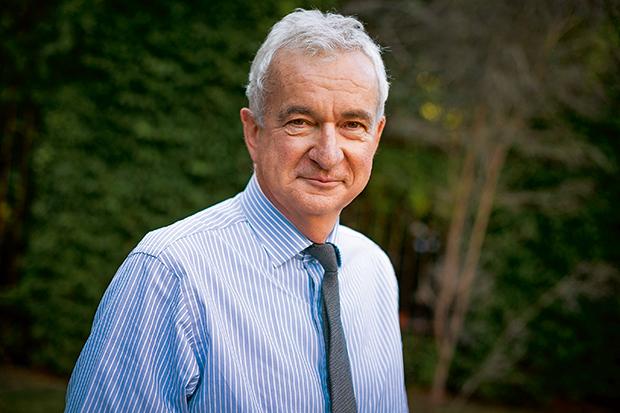 Alumni Council President David Laidlaw (LLB 1975)