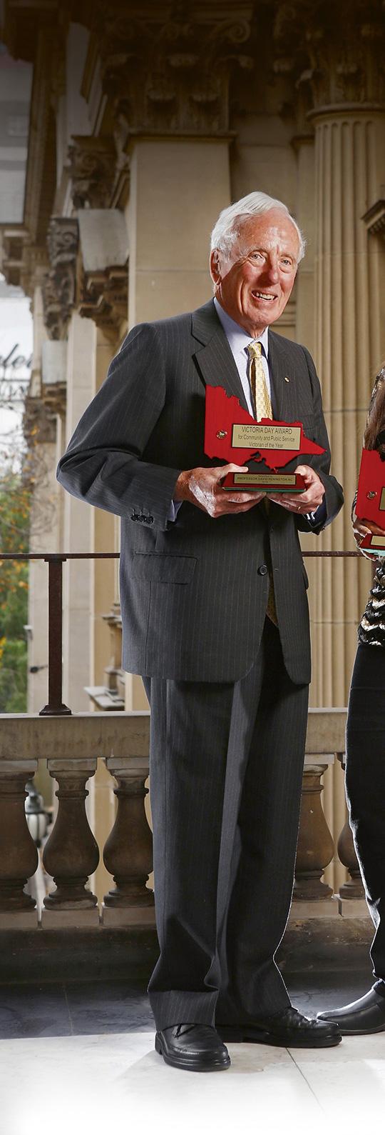 Professor Emeritus David Penington AC (MB BS 1949, LLD 1995, Queen's College)