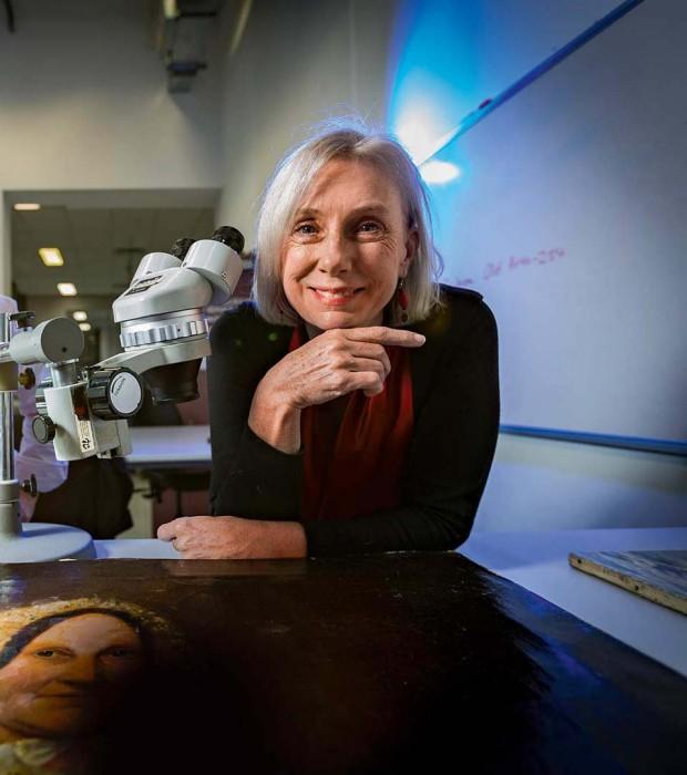 Professor Robyn Sloggett AM