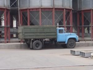 grain to silo