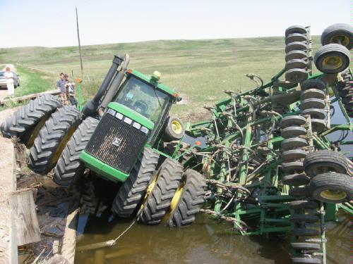 John Deere Tractor Crash 1
