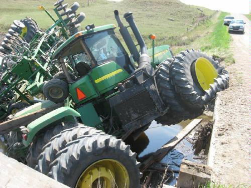 John Deere Tractor Crash 3