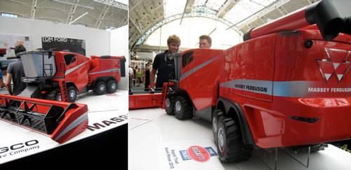 Massey Ferguson Concept Combine