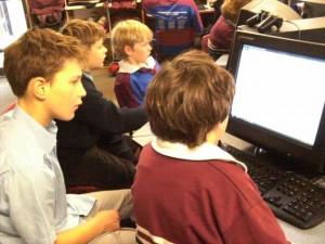 """Kids teaching kids"" How to blog!"