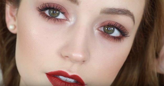 Red Lipstick Brown Hair Blue Eyes: Rachel Melisa